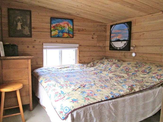 I have a king sized bed in the loft.  Actually it is two twins put together in the German style.